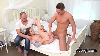 mate sex class Drunk girl fucked two guys