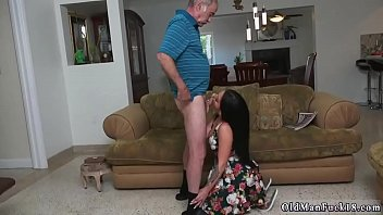 daughter daddy tricks Sunny leone strips and fucked