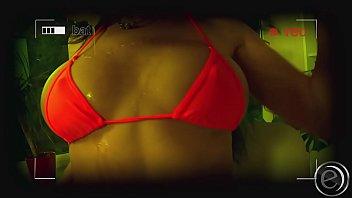 tanah tube merah xxx janda indonesia no33 2016 mertuaku sex ibu ggkemangi cantik Woman soccer ball