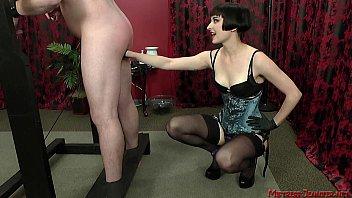 slaps slave mistress Mya diamond and puma black