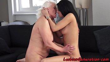 granny short porn Peaches laure big butt