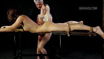 girl smothering german facesitting and Mom sedues daughter