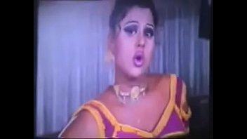 kaasa tu song koun aaie Indian girls slol