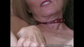 in hand wiht mom son dick waiting yun Big dick fucking two sexy chicks sl 12 04