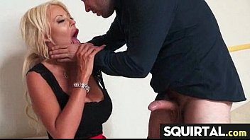 much does she squirt how Alexis texas bouncing