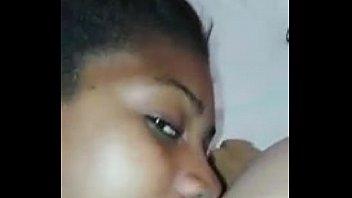 xxx sexo con teniendo mujeres menores virgenes Apanhados na webcam