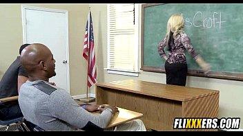 hard fucked sph on femdom blonde desk teacher No aguanta todo el pene