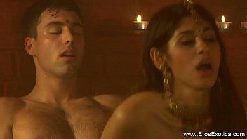 couple indian honymoom Sunny leone xxx sex video3gp downlode