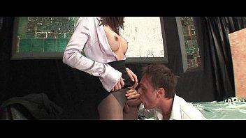 boy entjungfert reife lady Forced entry squad anal