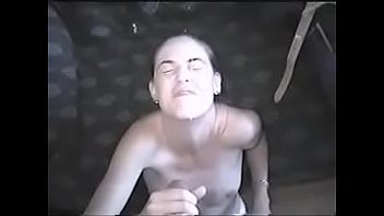 mujer web mi cam encuerandose enla Sexy milf tries to pose and show her marvellous forms