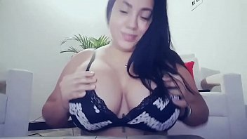 heavy bra boobs Asian babe showing off her sexy ass and big tits