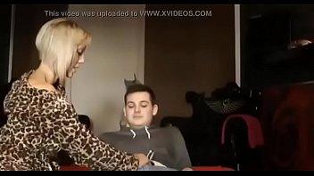 busty kissing with leabo mom Kloe lamar odom full porn