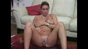 boobs6 big tan Danarina do latino