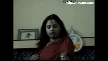 girls download their saree stripping and malayali bra viedio 3gp blouse Girls caught masturbating on hidden camera