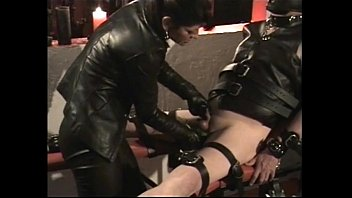 tied up mistress ride Swinger partie with koks