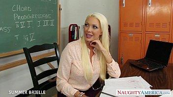 sph fucked hard desk blonde femdom on teacher Olivia wilder get filled up on amateur creampies