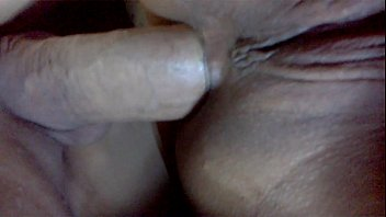 finge estar dormida Mum caught son masturbating