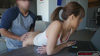 thick belt teen spanked Colegiala borracha se deja manosear4