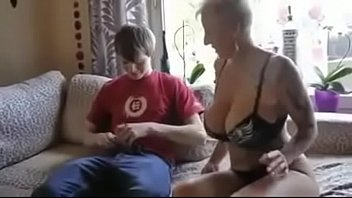 kissing with mom busty leabo Ice bucket and titties challenge